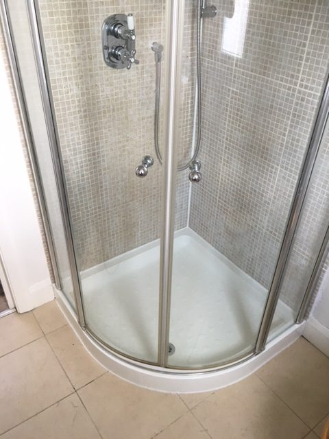 Stages of detection and resolution of a shower leak